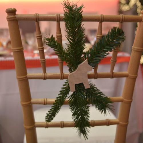 Carlson Holiday 2015 chair