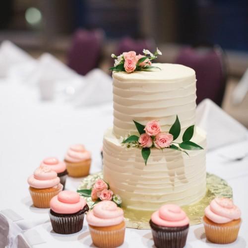 Herreid Cake Wedding