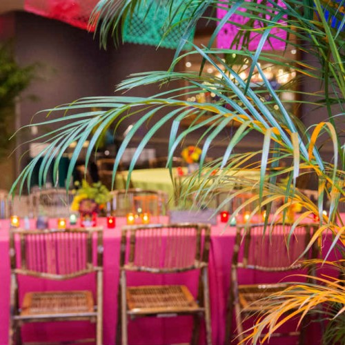 JJ palm leaf and table