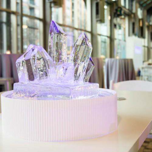SPS ice centerpiece