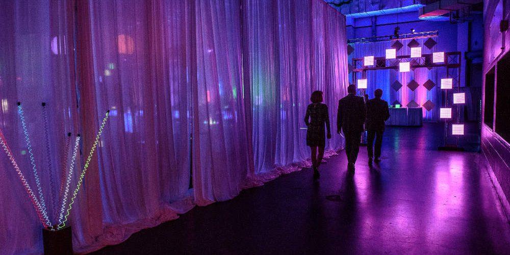 Essentia Glow Entry