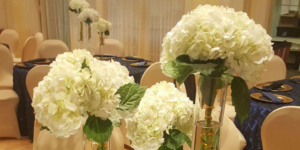Hanousek guest table floral 1000 x 500