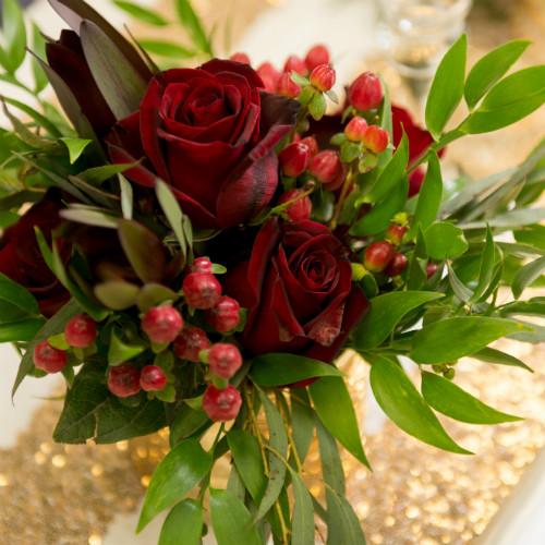 Showroom Red Greenery 500 x 500