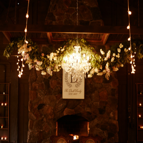 Daniel Wedding Chandelier Flowers 500 x 500