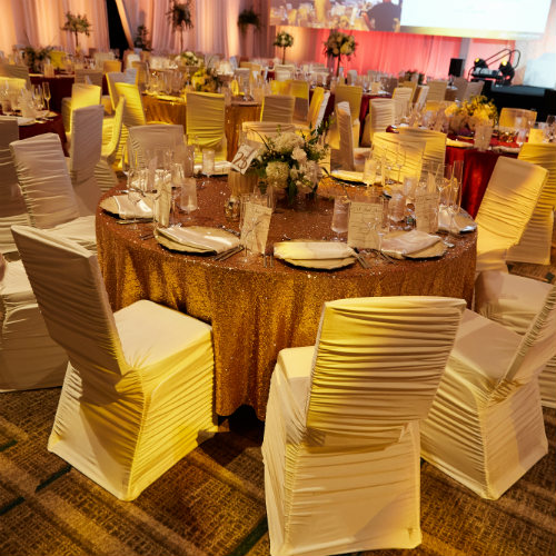 Gold sequin table linens - Italian dinner party