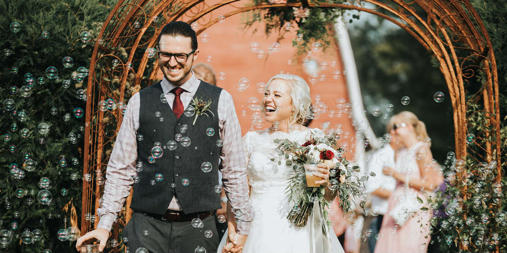 Alex and Anna Barrick Bubbles Entrance