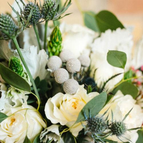 Claire and Alex Flitsch bride bouquet